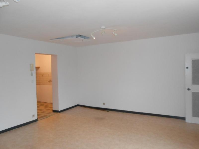 Location appartement Aire sur la lys 375€ CC - Photo 3