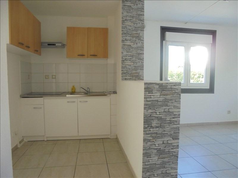 Location appartement Cluses 650€ CC - Photo 1