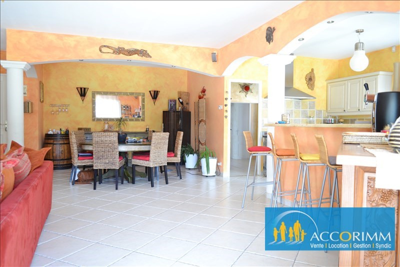 Deluxe sale house / villa Toussieu 610000€ - Picture 6