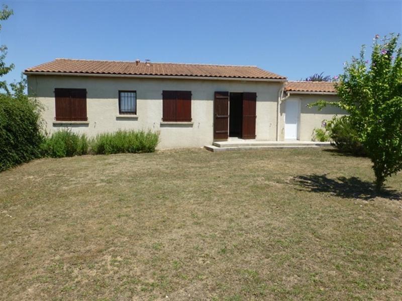 Sale house / villa Saint-jean-d'angély 147700€ - Picture 2