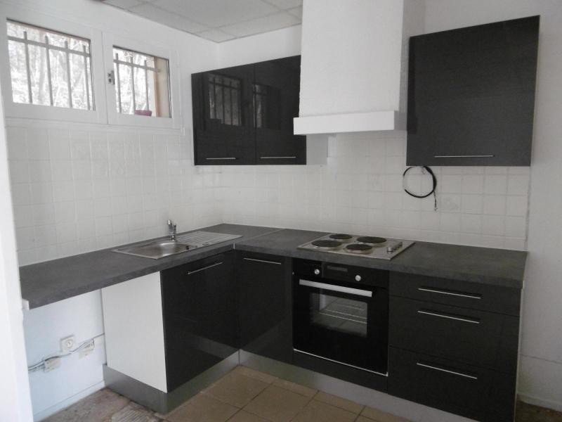 Rental house / villa Dardilly 890€ CC - Picture 2