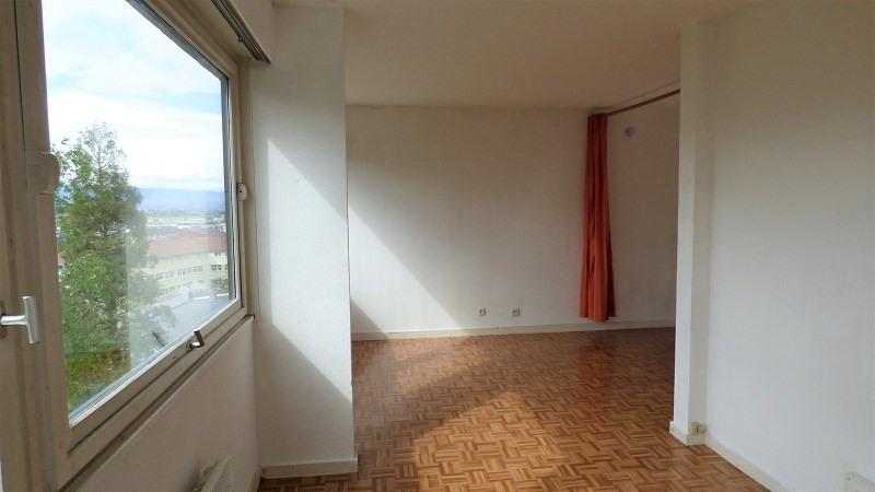 Rental apartment St julien en genevois 612€ CC - Picture 2
