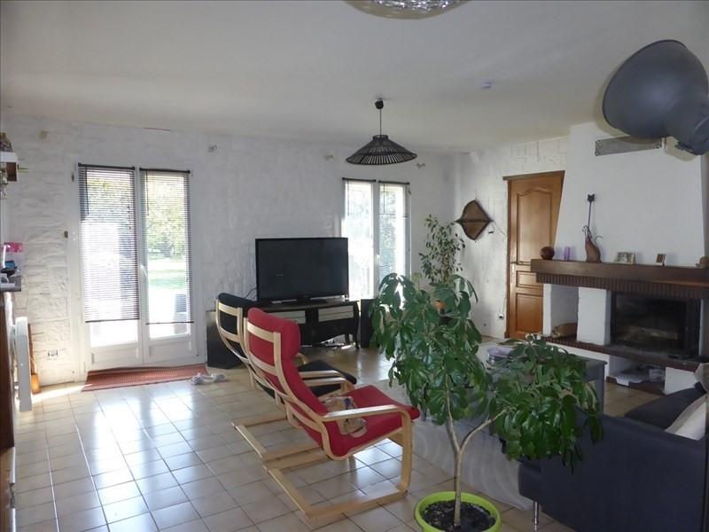 Sale house / villa Chelles 220000€ - Picture 2