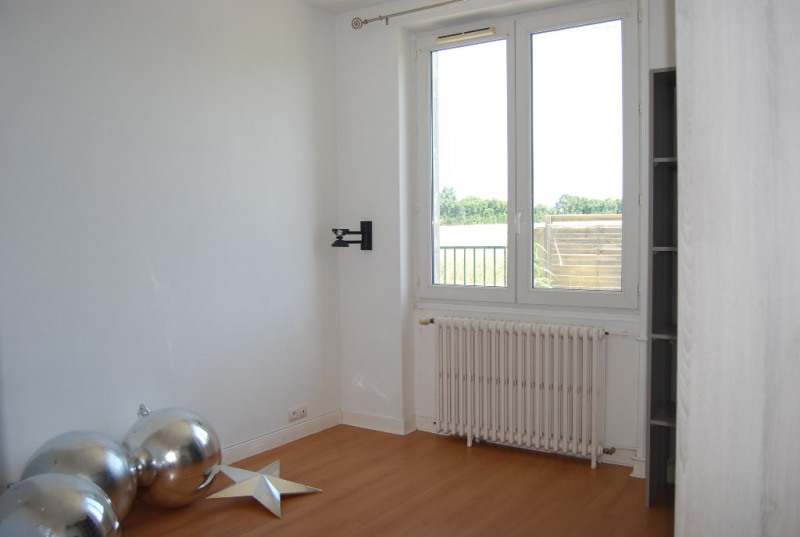 Vente maison / villa St jean de liversay 99984€ - Photo 4
