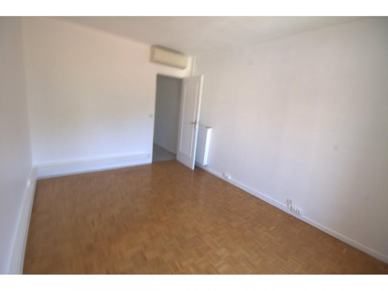 Rental apartment Nice 1 250€ CC - Picture 5