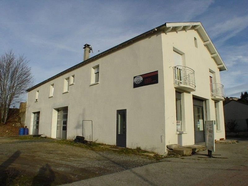 Sale building St agreve 210 000€ - Picture 1