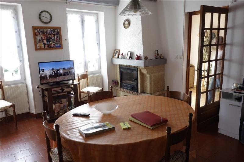 Sale house / villa St ciers sur gironde 139100€ - Picture 3