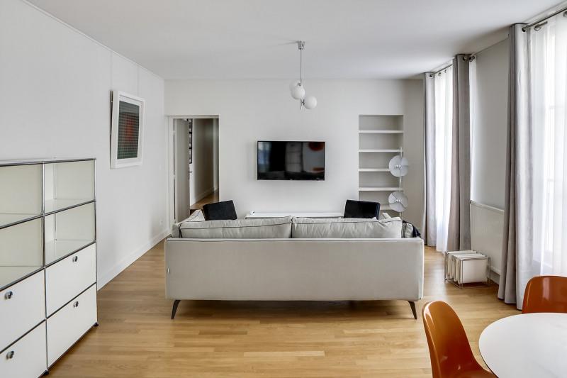 Location appartement Paris 11ème 2880€ CC - Photo 3