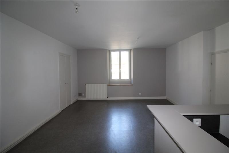 Locação apartamento Voiron 595€ CC - Fotografia 2