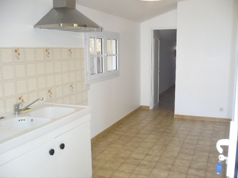 Location maison / villa Nort sur erdre 620€ +CH - Photo 4