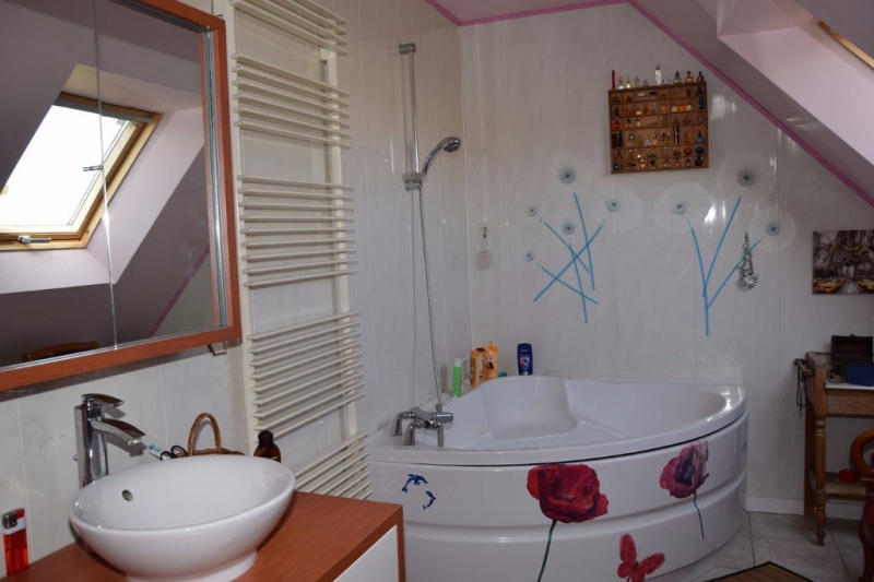 Sale house / villa Seiches sur le loir 248 400€ - Picture 6