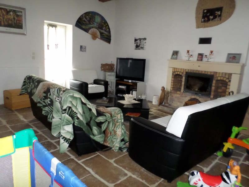 Vente maison / villa Lussac les chateaux 121000€ - Photo 2