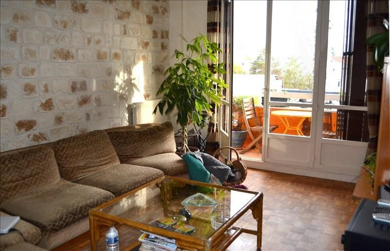 Sale apartment Chatou 262 000€ - Picture 1