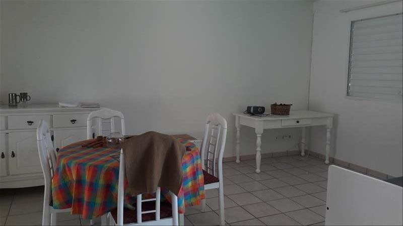 Location maison / villa Saint-francois 675€ CC - Photo 1