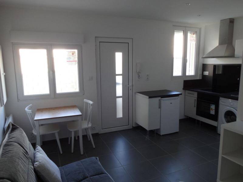 Rental apartment Entraigues sur la sorgue 380€ CC - Picture 4