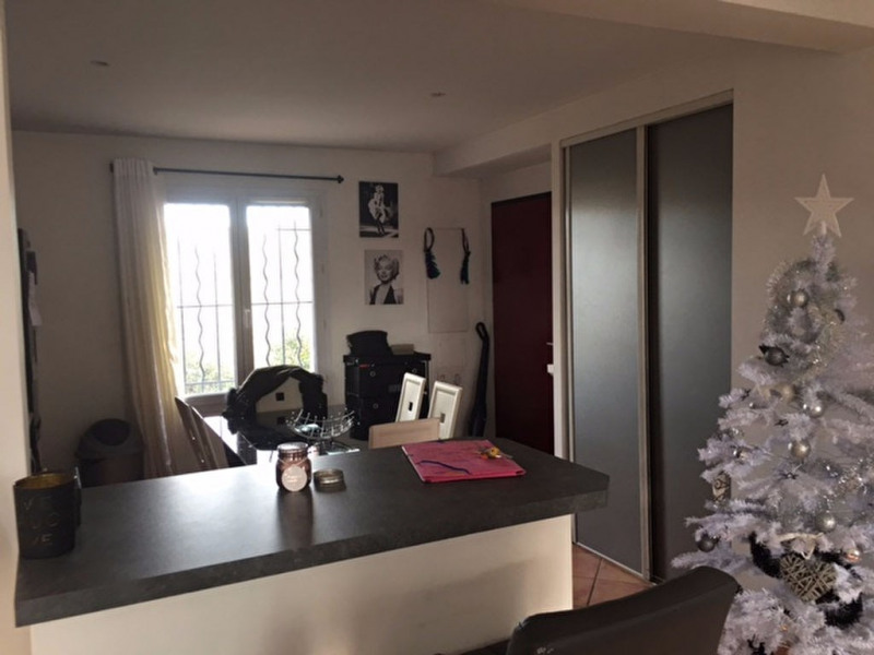Location appartement Aix en provence 880€ CC - Photo 3