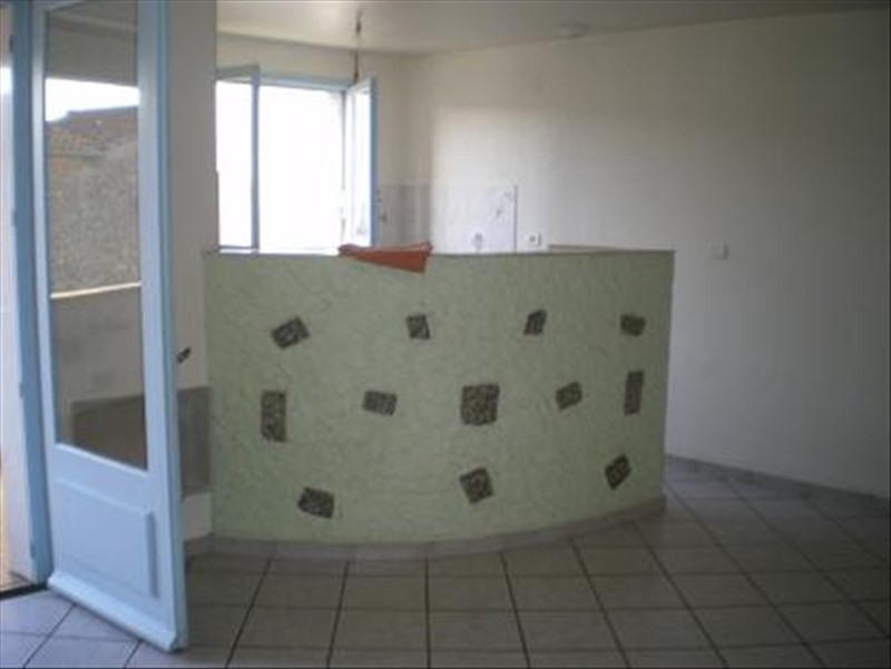 Location appartement Roussay 420€ +CH - Photo 2