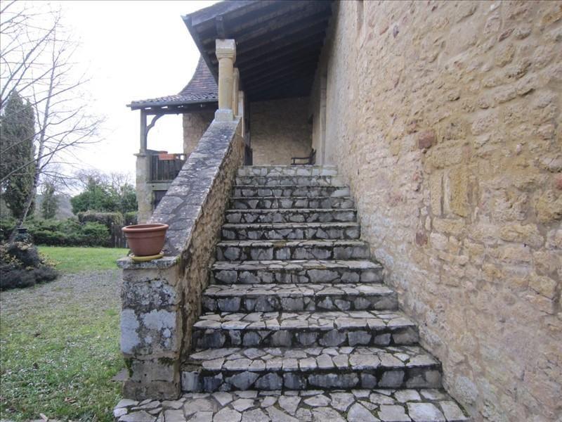 Sale house / villa Salles de belves 287000€ - Picture 3