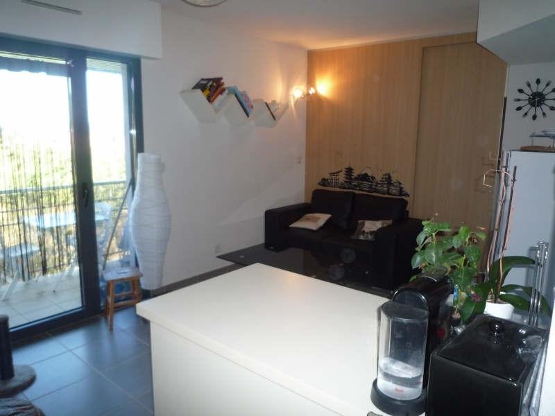 Sale apartment Manosque 117000€ - Picture 2