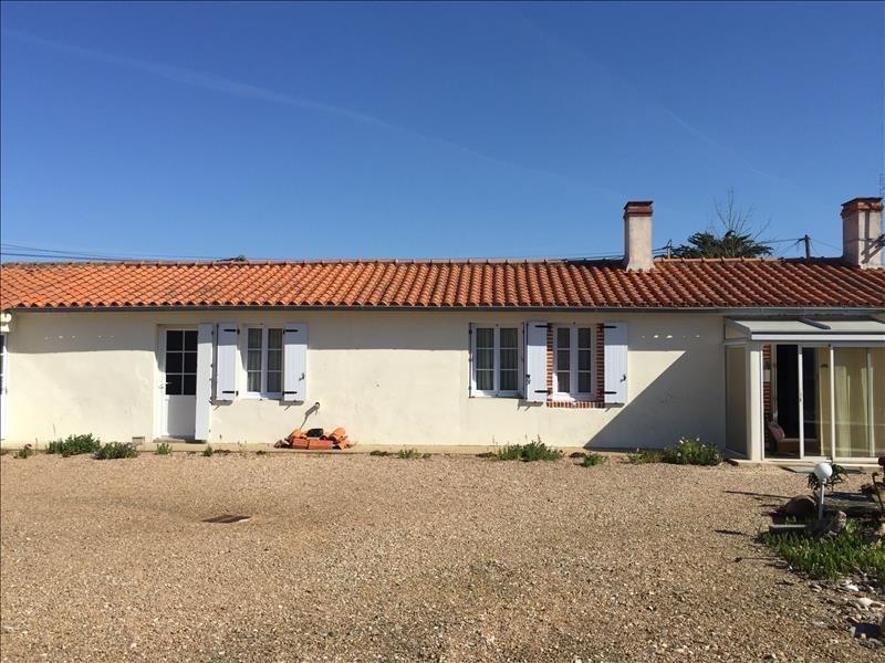 Sale house / villa Talmont st hilaire 176800€ - Picture 2