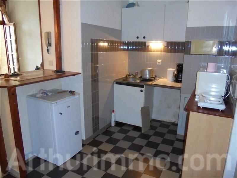 Rental apartment Pezenas 350€ CC - Picture 2