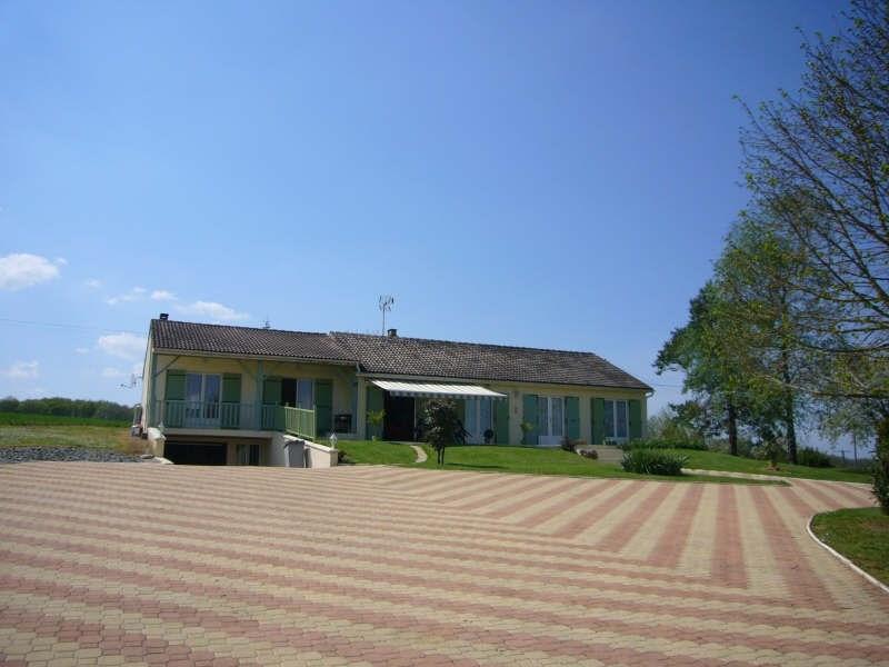Sale house / villa Nontron 494900€ - Picture 2