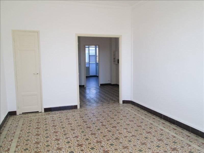 Verhuren  appartement Avignon 850€ CC - Foto 1