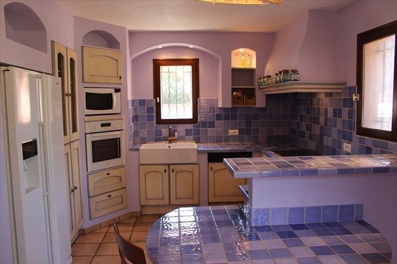 Vente de prestige maison / villa Lauris 560000€ - Photo 4