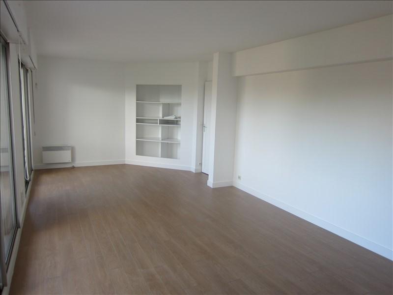 Rental apartment Maisons-laffitte 1335€ CC - Picture 1