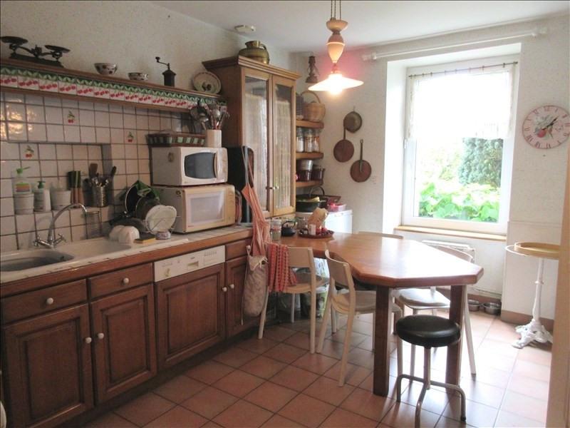 Sale house / villa Plouhinec 213610€ - Picture 2