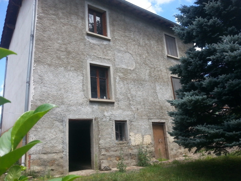Sale house / villa St laurent de chamousset 86 000€ - Picture 1