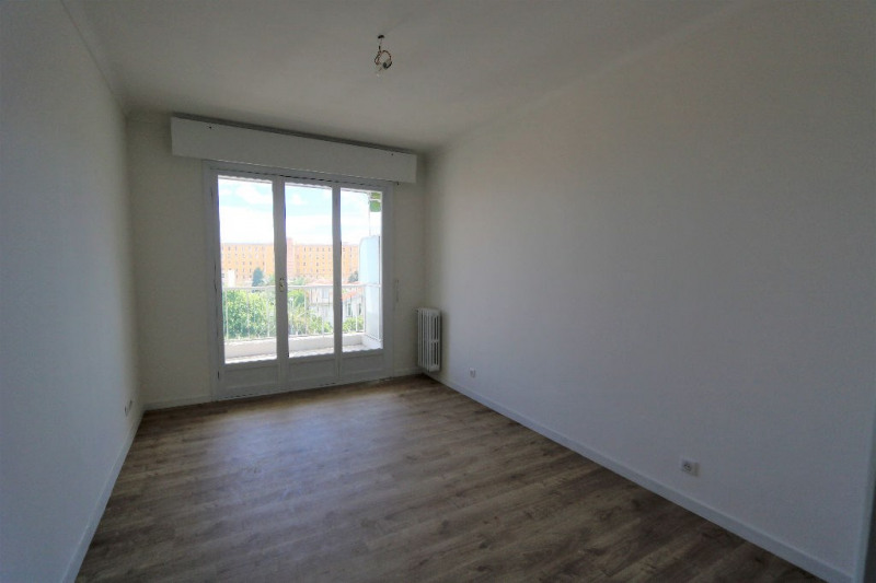 Location appartement Nice 1 250€ CC - Photo 6