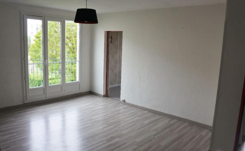 Sale apartment Taverny 151000€ - Picture 1