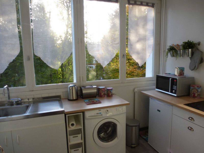 Location appartement Fontainebleau 990€ CC - Photo 11