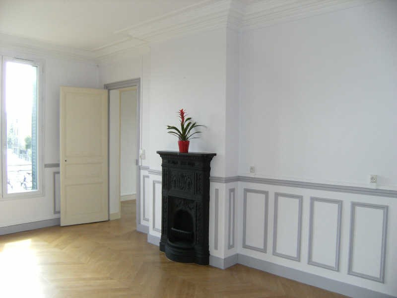 Rental apartment St germain en laye 950€ CC - Picture 1
