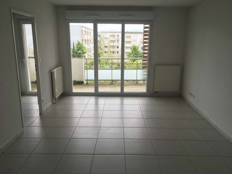 Rental apartment Poitiers 463€ CC - Picture 1