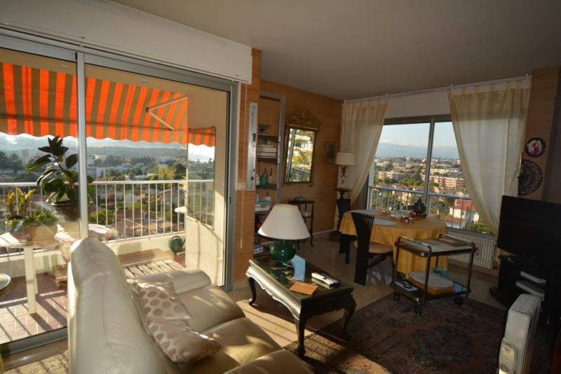 Sale apartment Antibes 394 000€ - Picture 3