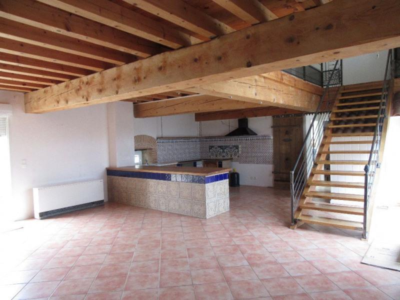Location maison / villa Vaunac 1000€ CC - Photo 3