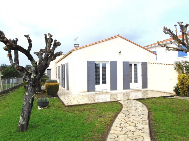 Location vacances maison / villa Saint-palais-sur-mer 488€ - Photo 7