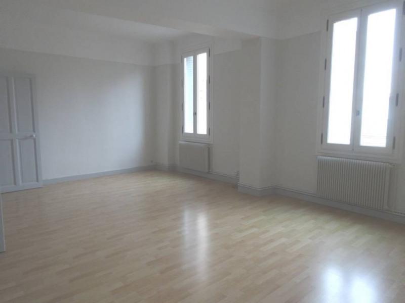 Rental apartment Avignon 653€ CC - Picture 1