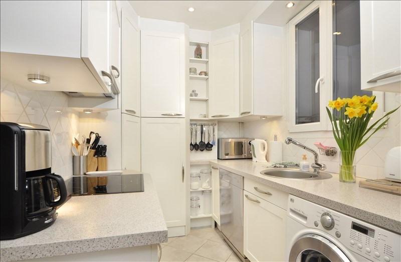Location appartement Paris 8ème 2260€ CC - Photo 7