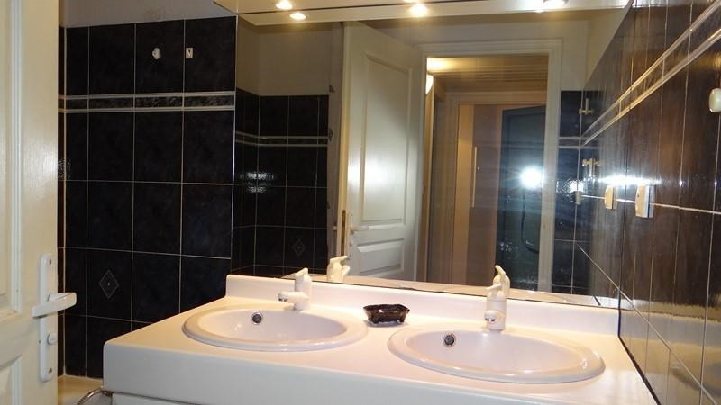 Vacation rental apartment Cavalaire sur mer 900€ - Picture 16