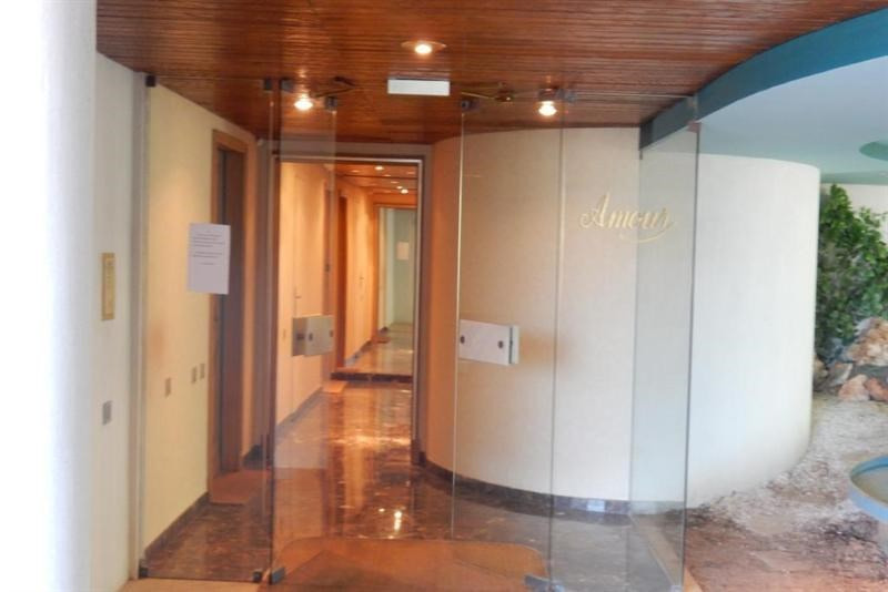 Deluxe sale apartment Nice 570000€ - Picture 9