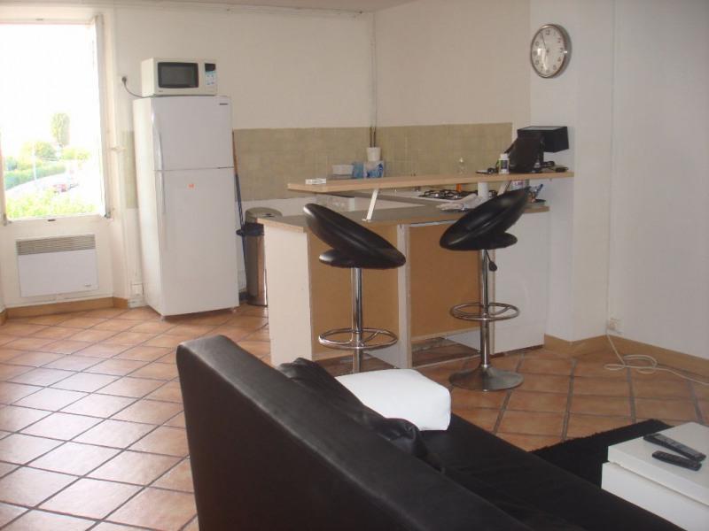 Sale apartment La crau 99000€ - Picture 1