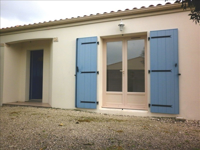 Sale house / villa Yves 179 180€ - Picture 5