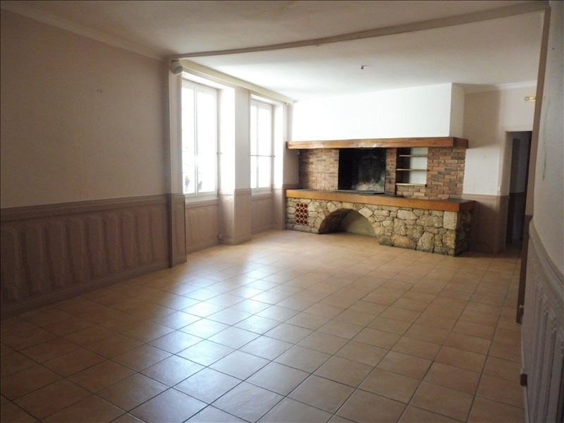 Location local commercial Beaupreau 1667€ +CH/ HT - Photo 2