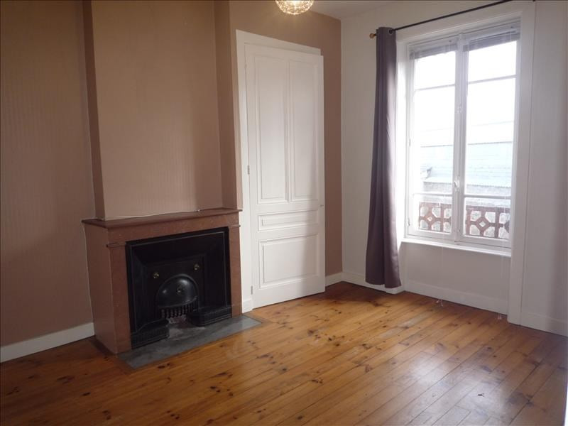 Rental apartment Pont de cheruy 525€ CC - Picture 3