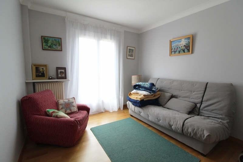 Sale house / villa Maurepas 345000€ - Picture 7