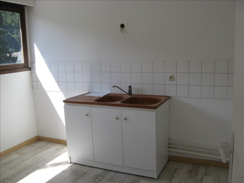 Location appartement Sallanches 625€ CC - Photo 2