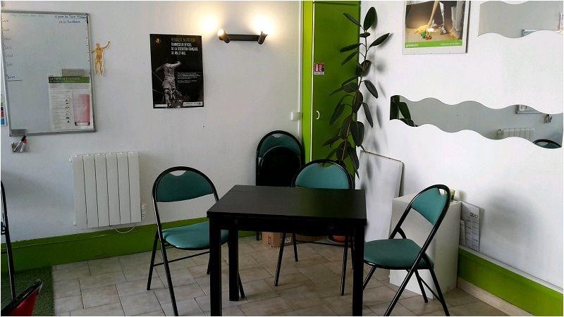Rental empty room/storage Lagny sur marne 610€ CC - Picture 1